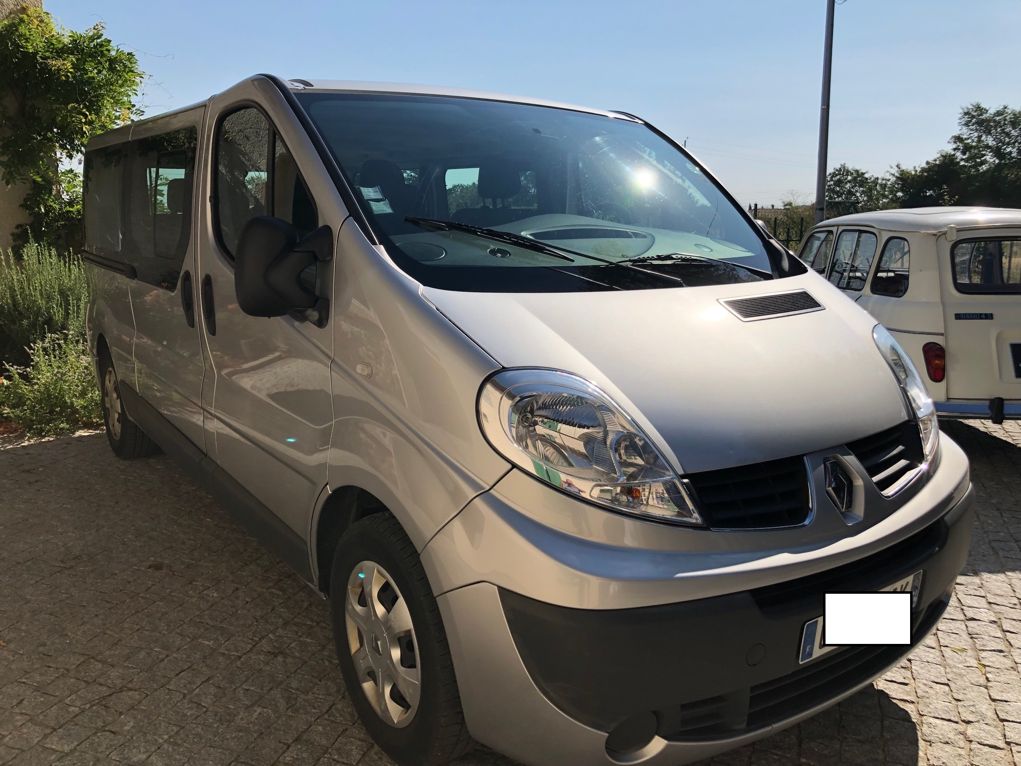 Renault Trafic Mini-Bus